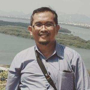 Prof. Dr. Karna Wijaya, M.Eng